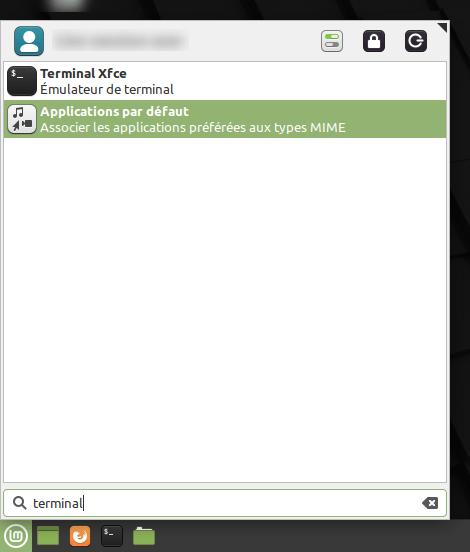 Recherche du Terminal dans le menu des applications de Linux Mint XFCE